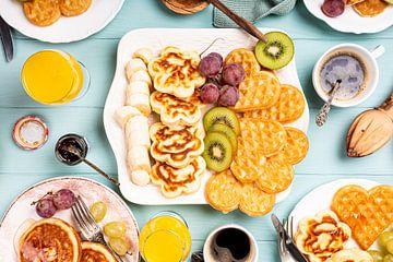 Gesundes Frühstück, Pfannkuchen und Waffeln von Iryna Melnyk