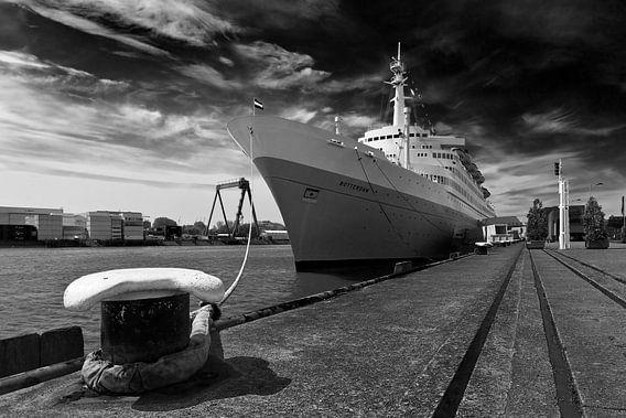 SS Rotterdam zwart / wit van Anton de Zeeuw