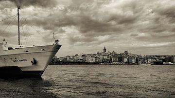 Galata-Turm und Bosporus von Caught By Light
