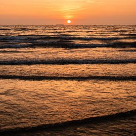 Zonsondergang op Koh Lanta van Anna Davis