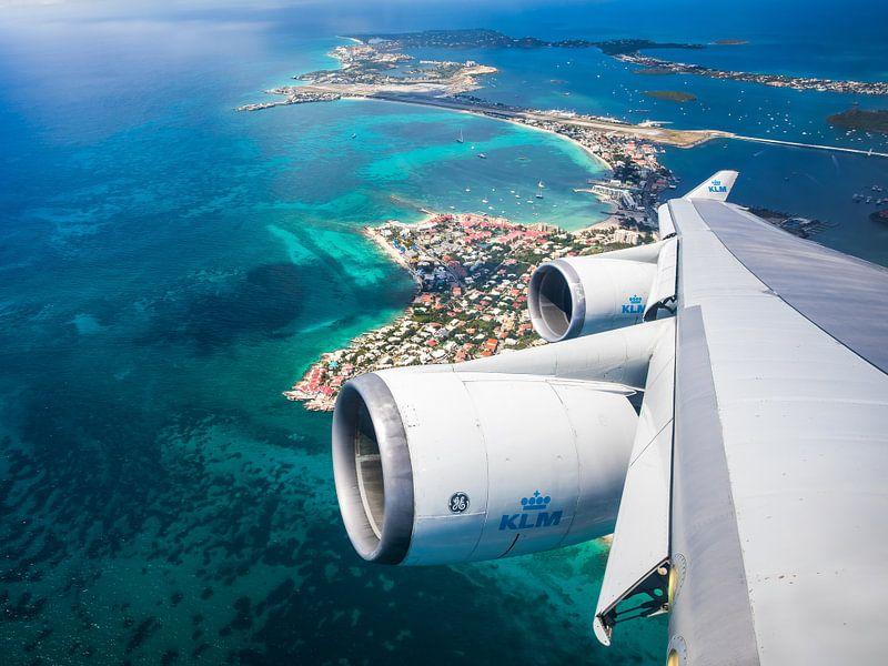 Sint Maarten van bovenaf met de KLM Boeing 747 van Dennis Janssen