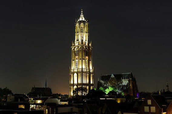 Binnenstad met Domtoren en Domkerk in Utrecht