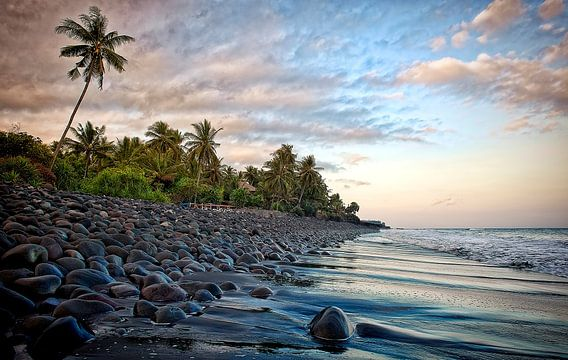 Bali Beach van Wim Schuurmans