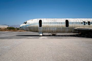 Verlassenes Flugzeug. von Roman Robroek