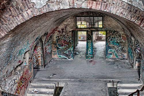 Urban / Urbex Hal in oude kazerne Fort de la Chartreuse van
