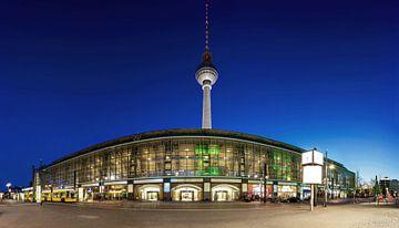 Bahnhof Alexanderplatz und Fernsehturm von Frank Herrmann