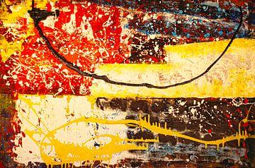 Farbenspiel mit schwarz, gelber Linie. von Klaus Heidecker