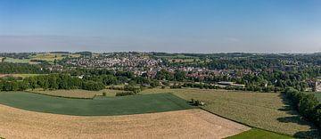 Panorama luchtfoto van Simpelveld in Zuid-Limburg