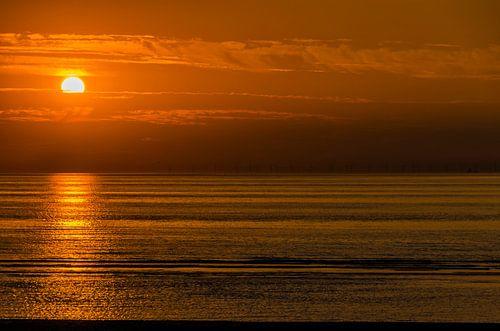 September zonsondergang op het strand van Zandvoort.