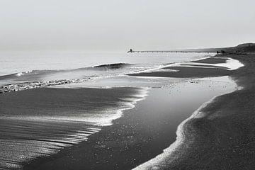 Strandblick in schwarzweiß von Ralf Lehmann