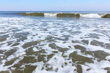Zee en branding van Harry Wedzinga
