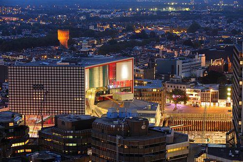 Centrum van Utrecht met  muziekgebouw TivoliVredenburg von Donker Utrecht