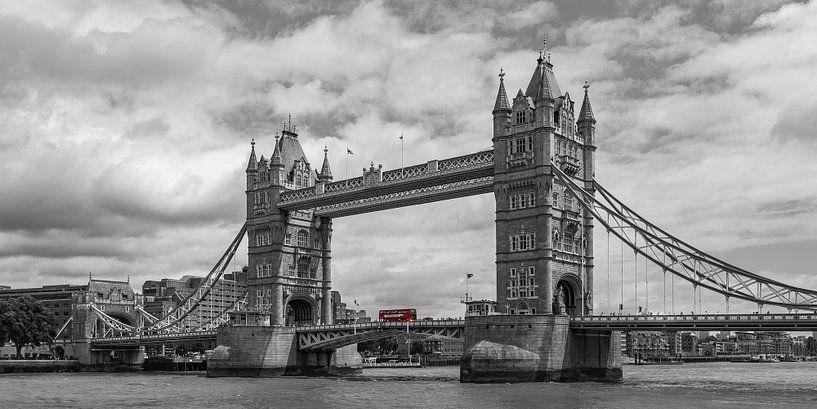 Londen foto - Tower Bridge - 1 van Tux Photography