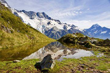 De ultieme reflectie bij Mt. Cook - Nieuw Zeeland van Be More Outdoor