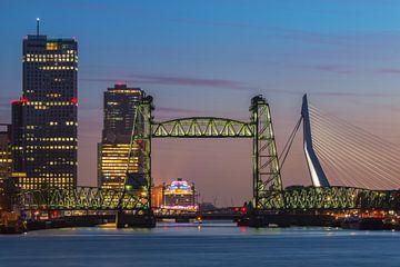 De Hef in Rotterdam verlicht von Ilya Korzelius