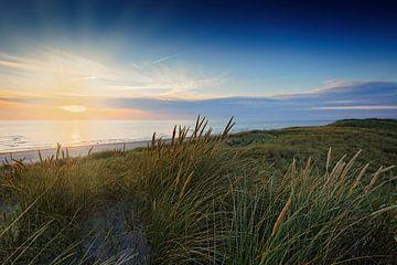 zonsondergang in de Noordzee bij de duinen van Petten  von gaps photography