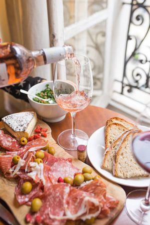 Wijn en antipasti