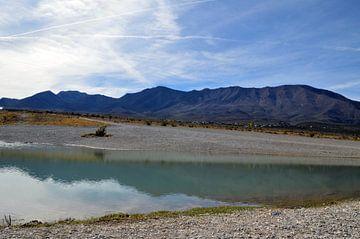 Un étang dans le désert du Nevada sur Sandra Knittel