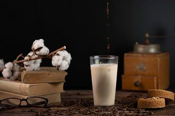 Stilleven Latte  macchiato van Gaby Hendriksz