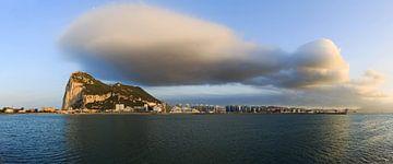 Gibraltar panorama met reuzenwolk van Frank Herrmann