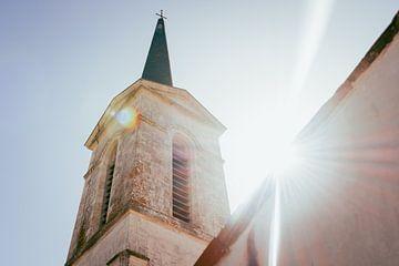 Kirche in der Sonne auf der Île de Ré - Frankreich von Oog in Oog Fotografie