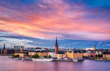 Stadtbild von Stockholm bei Sonnenuntergang von Tim Vrijlandt