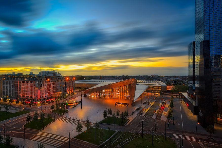 Rotterdam centraal van Roy Poots