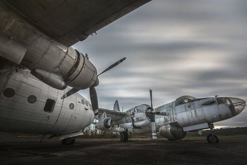 Alte Flugzeuge aus dem Krieg von Perry Wiertz