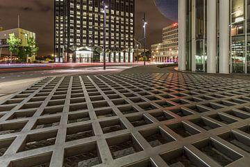 Leading lines Wilhelminaplein, Rotterdam van Peter Hooijmeijer