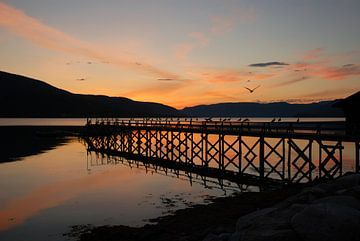 Zonsondergang in Noorwegen van Margreet Frowijn