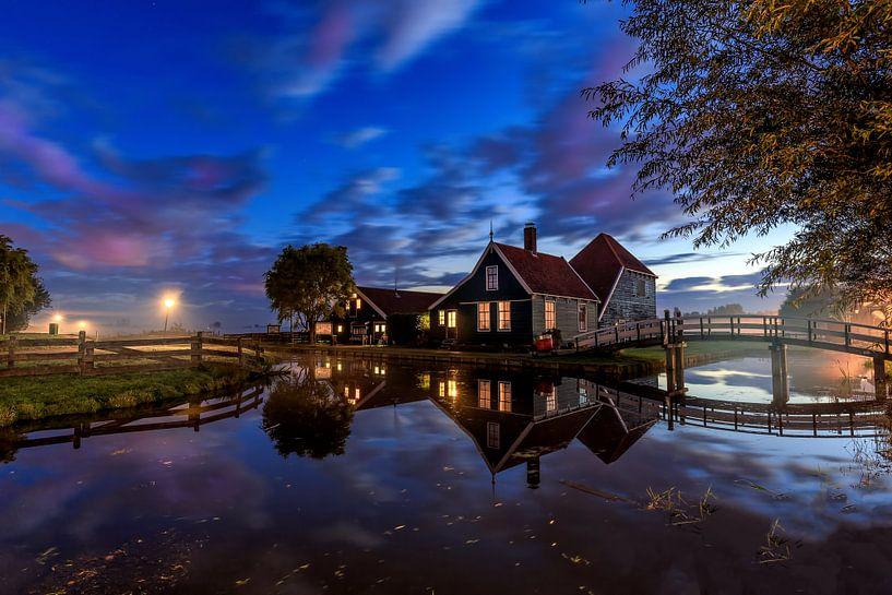 Beautiful Holland van Costas Ganasos
