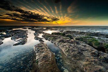 Coucher de soleil sur la mer à la Côte d'Opale sur Damien Franscoise