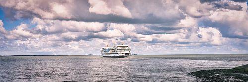 Veerboot van en naar het waddeneiland Texel