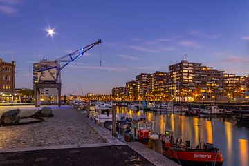 Entrepothaven Rotterdam pendant l'heure bleue sur Arisca van 't Hof