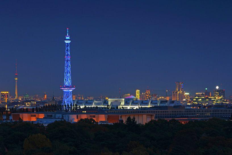 Le ciel de Berlin à l'heure bleue sur Frank Herrmann