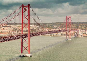 De 25 de Abril-brug in Lissabon