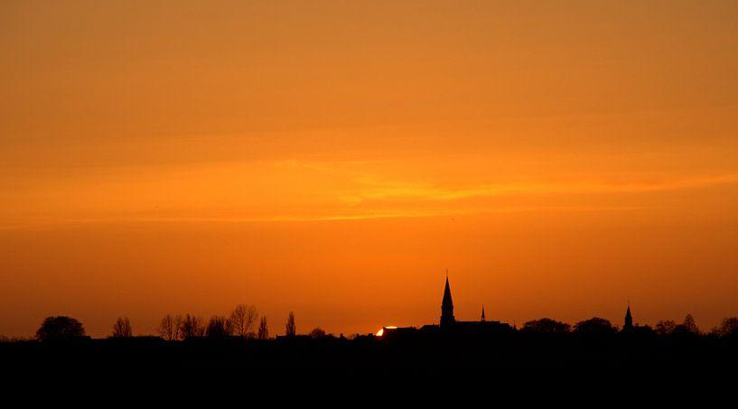 Zonsondergang op een mooie winterdag van Dirk Jan Kralt
