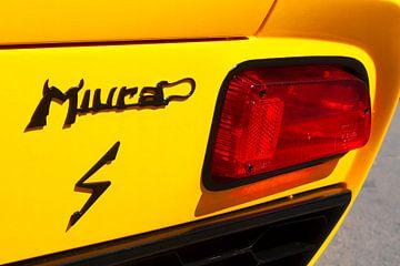 Lamborghini Miura sportauto achterzijde detail in helder geel van Sjoerd van der Wal