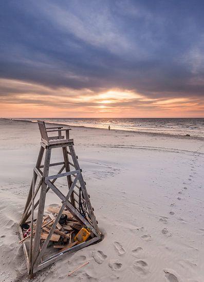 Strandwachtstoel van Martijn van Dellen