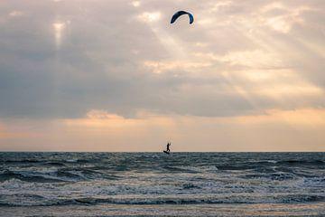 Windsurfer in Zandvoort van thomas van der Wijngaard