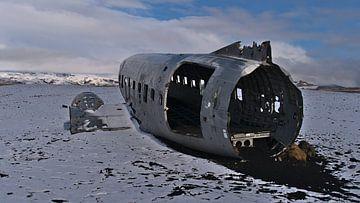 DC-3 in Sólheimasandur van Timon Schneider