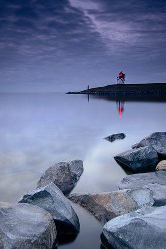 Baken op het havenhoofd van Stavoren aan het IJsselmeer