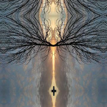 Het kruis tussen de wolken van Nina IoKa