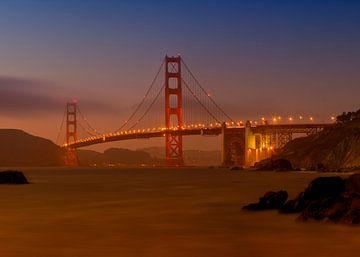 Gouden Poortbrug bij zonsondergang van Melanie Viola