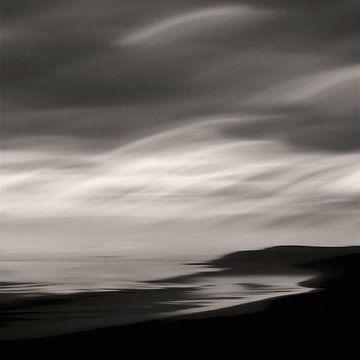 Lights Over The Sea van Lena Weisbek