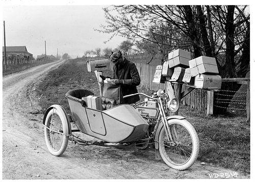 mailman Harley Davidson van