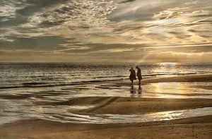 wandelen aan zee