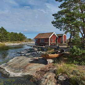 zweeds vissers/zomerhuis aan het water van Geertjan Plooijer