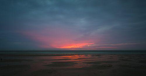 Zonsondergang strand Domburg van
