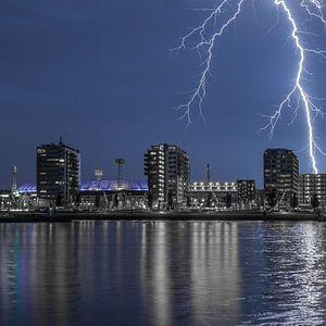 Stadion Feyenoord met onweer 8